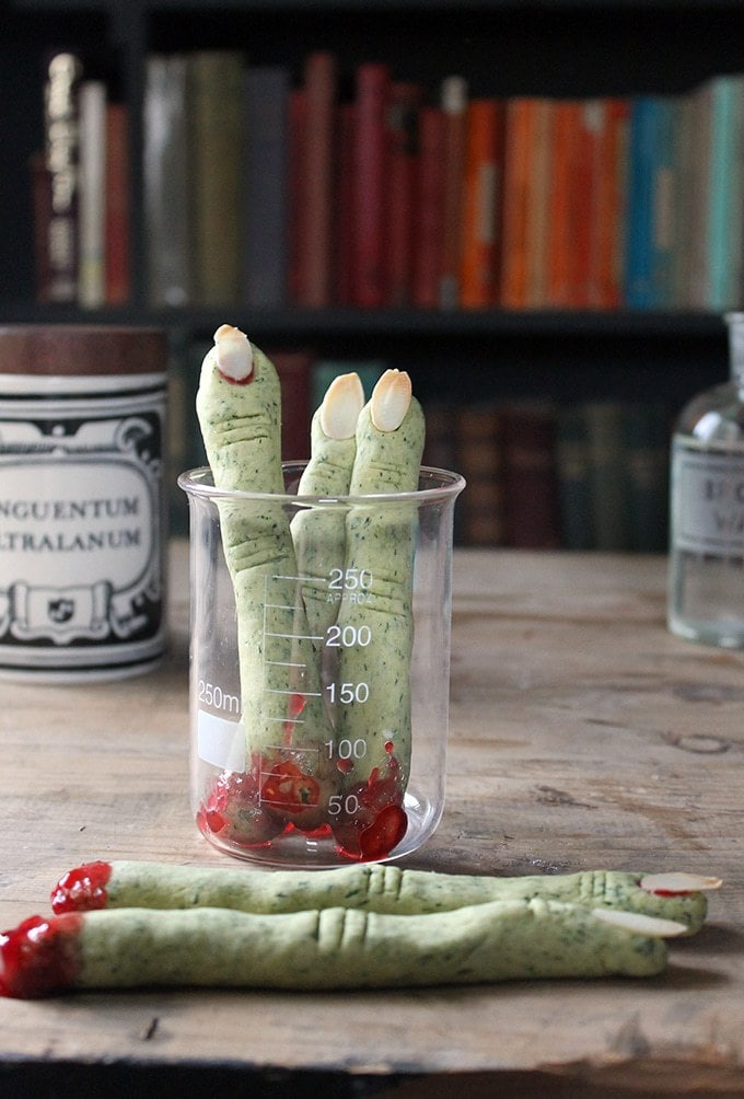 green witch fingers cookies